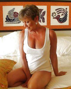 belles-matures-nues-062