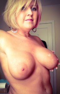 chaudes-femmes-matures-nues-104