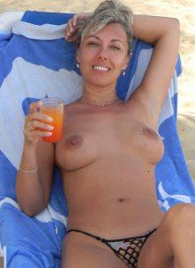 femme-mure-nue-077