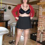 maman-coquine-nue-en-photo-046