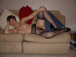 photo-de-femme-cougar-019